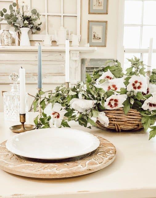 Simple Rose of Sharon Farmhouse Centerpiece