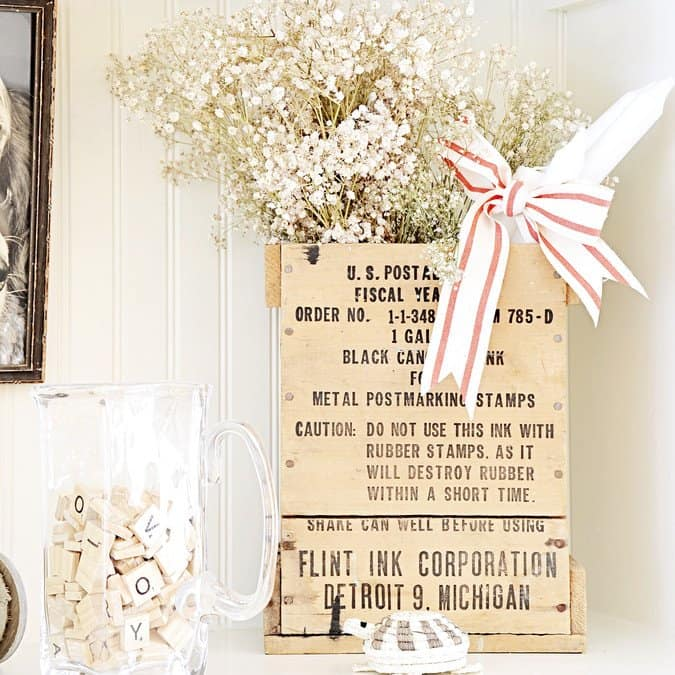 Simple Christmas Decor with vintage goodness.