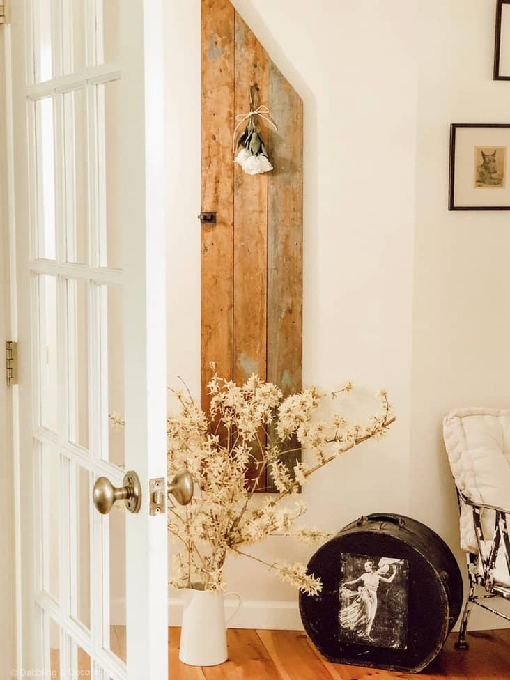 Wrought Iron Chair Makeover Styled in Home Entryway