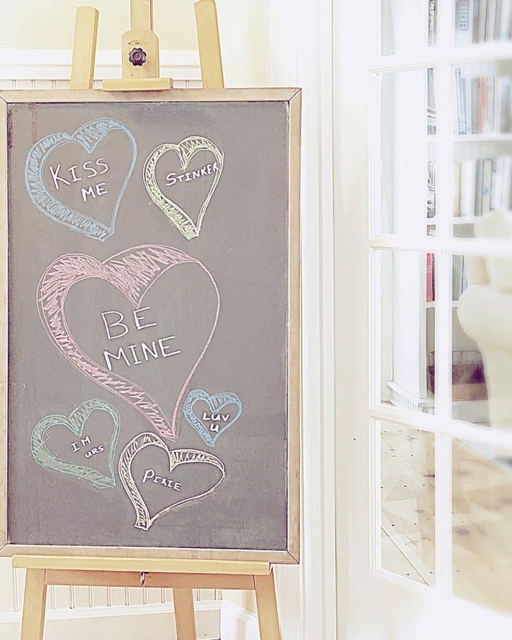 Vintage Valentines Day chalkboard art