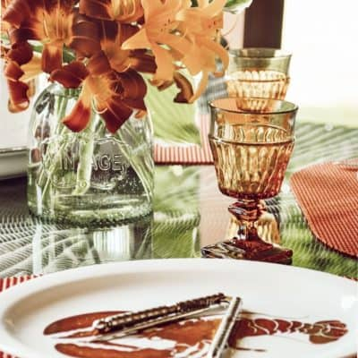 Simple Summer Lobster Tablescape