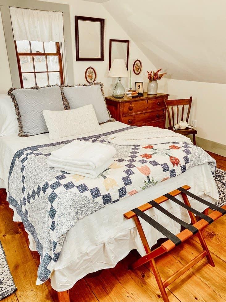 Coastal Maine Antique Guest Bedroom