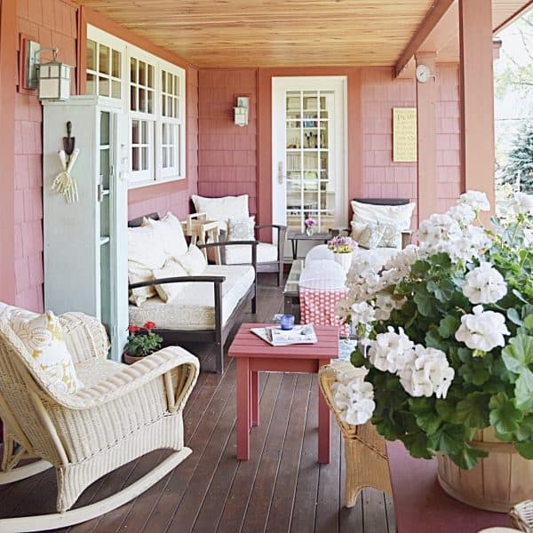 red front porch
