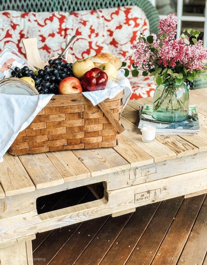 DIY Summer Backyard Picnic Ideas