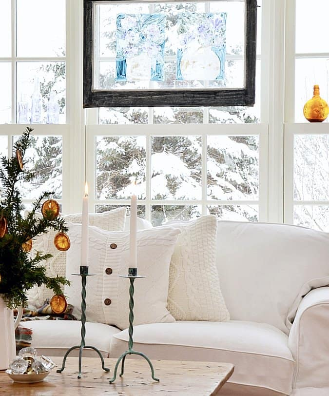 Simple Christmas Decor in the Sunroom.
