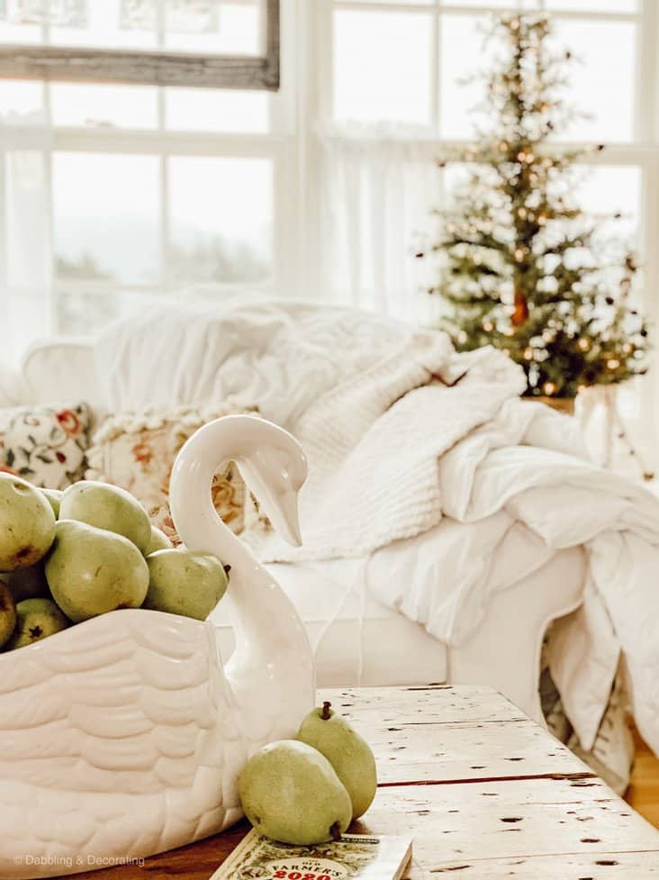 Decorating with Simple Winter Whites