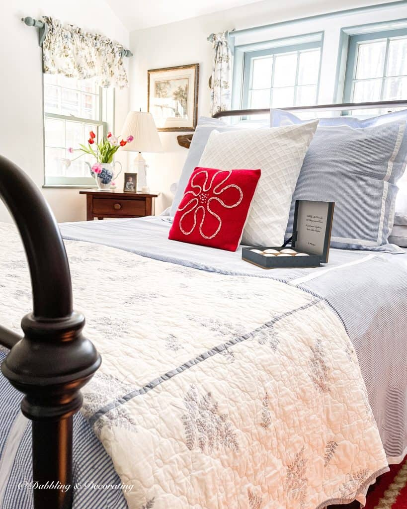 Seersucker bedding in coastal styled bedroom.