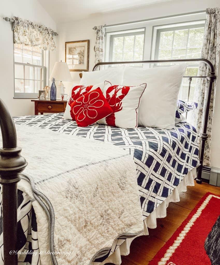 Patriotic Bedroom for when summer starts.