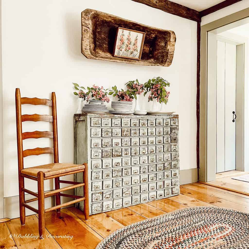 5 Clever Ways to Decorate with Yard Sale Finds