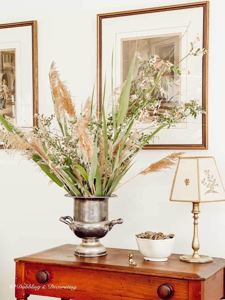 How to Arrange a Beautiful Bouquet of Roadside Weeds