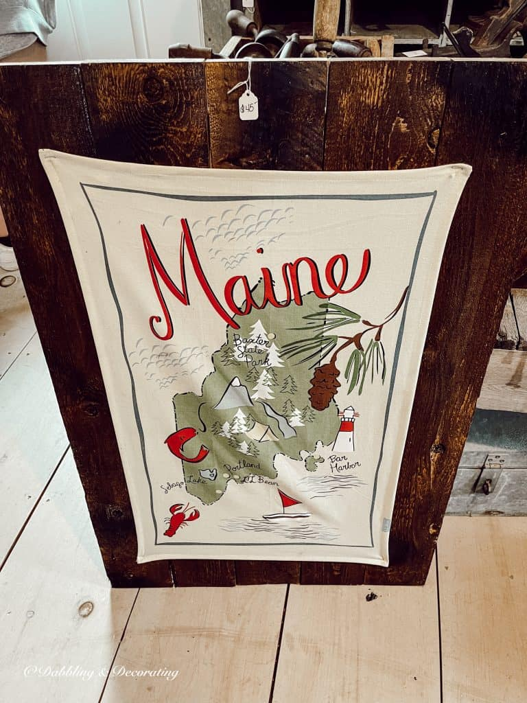 Wooden Sign of the State of Maine