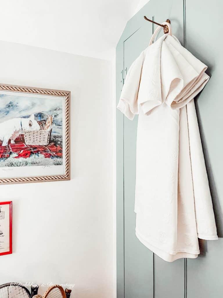 Hanging white Blanket