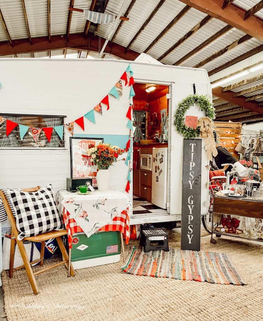 Tipsy Gypsy Vintage Camper